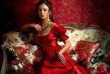 What Should I Wear to the Ball? / Beautiful Gowns and Dresses