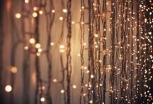 SPARKLY LIGHTS / by Kelly Allardyce