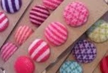 Knitted buttons