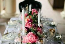 Table Settings / Ideas - mix n match china, dinnerware, glasses, and center pieces