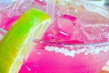 Drinks & Drankkks / by Amber Robinson