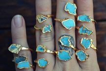 Accessories / Rings, Bracelets & Necklaces Oh MY! / by Ariana Hunkin