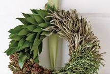 Wreaths: Everyday / I love a little bit of pretty on my door to welcome my guests, don't you?
