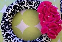 Crafts: Wreaths / Pretties to brighten up the door! / by Christi