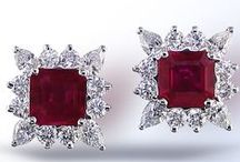 Precious Gemstone Jewelry / Have you ever wondered what gems are considered to be precious gemstones?  Diamonds, rubies, emeralds and sapphires fall into that category.  Whether you favor the rich red of a ruby or the sparkle of a diamond, precious gemstones possess a beauty and uniqueness all their own.