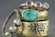 Jewels / by Leticia Kazemi