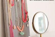 diy jewelry displays / Inspiration for your jewelry merchandising needs