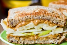Recipes - Sandwiches / by Nicole Sgueglia