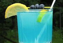 Drinks / by Alicia Croker