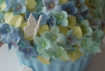 Cupcakes and cakes.. too pretty to eat. / by Anne Kepple