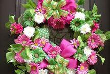 Beautiful Wreaths / by Anne Kepple