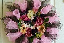 Wreaths / by Teresa ( Tess) Howie