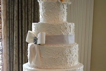 Wedding-Wedding Cake / by SJ C