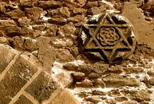 Jewish Heritage Sites in Morocco / Jewery in Morocco has a lineage of grand architecture inclusive of  Synagogues, Cemeteries and Zaouias. The 2,500 year old Moroccan Jewish community has a magnificent history and culture rooted in Africa and the Muslim world. A moderate, pro-western country, Morocco offers millennia-old lessons in peaceful co-existence. Included in the Jewels of Jewish Heritage Morocco Tour are visits to these well-preserved sacred spaces. www.travel-exploration.com