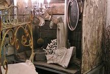 Antique Booths / by Sandy Lemasters