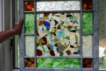 Sea Glass Crafts Ideas / Do you collect sea glass or beach glass? Wonder what to do with it? Here you'll find outstanding examples of what others have done to give you great ideas! Also, submit your photos of sea glass crafts to our Home Site - OdysseySeaGlass.com
