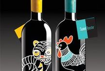 Wine Bottles • Botellas de vino / Wine bottles labels and packaging.