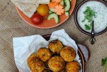 Vegetarian/Vegan / A recipe board with vegetarian and vegan dishes