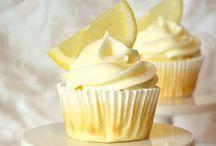 Cupcakes / by Alecia Wardell