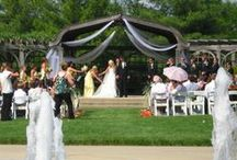 Weddings / Find your perfect Wedding place and let our staff help! 815-963-8111