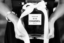 Chanel obsessed / Designer Fashion