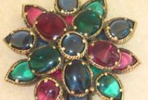 Important Vintage Brooches