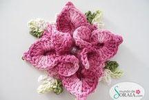 crochet flowers and leaves / crochet