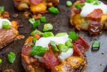Tailgating / Great recipes for tailgaters and football parties!