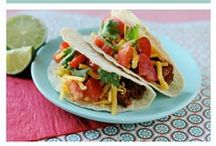 recipes to try--dinner dishes / by Ann Cox