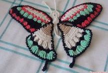 Crochet bugs and butterflies / Collection of crochet patterns and ideas featuring butterflies and bugs