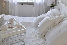 In bed / Bed Slaapkamer Bedroom Slapen Sleep