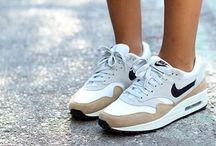 I like your sporty style / Sport.  Sporty.   Sporten.   Sportkleding.   Workout kleding.   Running.  Fashion.