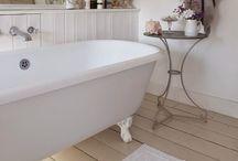 In the bathroom / Badkamer Shower Bad Bath