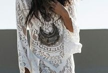 Going to the beach / Come into the mood of the beach with this trendy and romantic clothes, bags, jewelry and other stuff in white, cream and other light colors.
