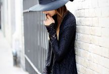 Only black, no colors / Style pictures, bags, jewelry, clothes and accessories in black with sometimes a little grey or white