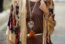 Boho style in brown and natural colors / Fashion, jewelry, bags and other accessories in a natural and brown colored bohemian and gypsy style