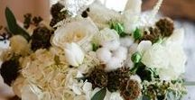 Winter wedding flowers / A collection of gorgeous wedding flower and decor ideas inspiring couples looking for winter wedding flowers and decor