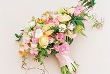 Spring wedding flowers / A collection of gorgeous wedding flower and decoration  ideas inspiring couples looking for spring flowers and wedding decoration