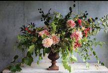 Autumn wedding flowers / A collection of gorgeous wedding flower and table ideas inspiring brides looking for autumn wedding flower and table inspiration