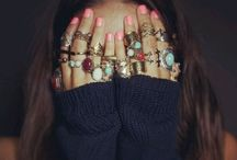 Accessorize / by Megan Reilly
