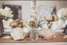 Rustic Glamour Wedding Flowers / Inspiration and Ideas for rustic glamour wedding flowers and decorations