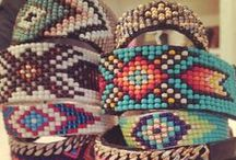Loom and Peyote patterns / by Gabrielle Ouellet Morneau
