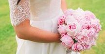 | wedding bouquets | / Inspiration and ideas for your bridal bouquets, bridesmaids bouquets and flower girls.