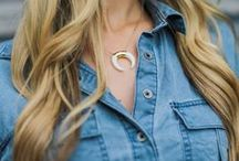 BLOGGER BABES / See how your favorite bloggers style their Elizabeth Stone jewelry.