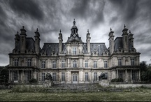 Castles / by Mel Scifi
