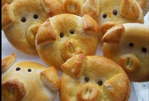 Food: Pillsbury Crescent Rolls Recipes / I love Pillsbury. I plan to try all recipes I get using their dough. I will add them and my opinion as I go along.  / by Kathy Wong