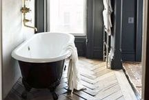 Home – bathroom / by Katie Gallagher