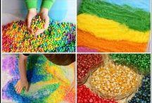Sensory Play / Sights, smells, tastes, sounds & feelings - all things sensory play!
