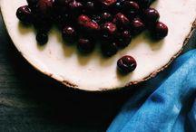 T H A N K S G I V I N G desserts / Hella Thanksgiving Desserts