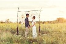 Bohemian Prairie Wedding Inspiration / Our Chicago team dreamt up this carefree and elegant bohemian wedding scene.